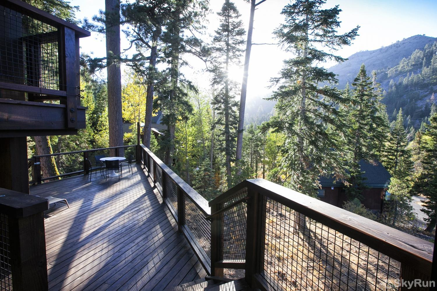 Trapper Mc Nutt  Modern Mountain Home Back Deck (alt view)
